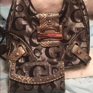 Guess handbag with wallet and checkbook